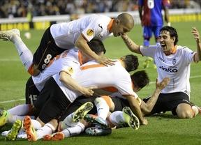 Liga Europa: 'machada' de Valencia (5-0) y Sevilla (4-1), que remontan a Basilea y Oporto y se meten en semifinales