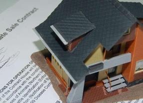 El cierre del Euríbor en marzo abaratará las hipotecas en más de 300 euros anuales