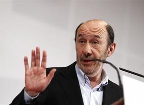 Rubalcaba tomas las riendas: acusa a Rajoy y a su Gobierno de 'mentir' a sabiendas de que mentía