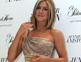 Jennifer Aniston presenta su perfume en nuestro país