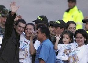 El presidente Santos considera un buen paso la liberación pero todavía