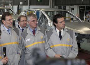 Rajoy tendrá que aparecer hoy en público: ¿dirá algo sobre los nuevos papeles de Bárcenas?