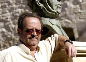 Fallece el escritor Rafael de Cózar en el incendio de su casa en Bormujos