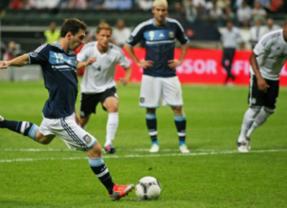 Alemania, la aventajada alumna de La Roja, favorita para el trono mundial ante una Argentina que confía en Messi