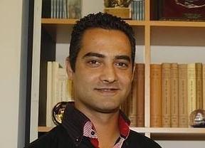 Dimite el concejal del PP de Paredes de Nava (Palencia) que deseó en Facebook 'un tiro en la nuca' a Pablo Iglesias