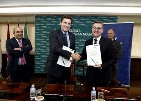 Los 225 institutos de Castilla-La Mancha estarán equipados con un desfibrilador