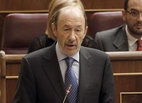 Rubalcaba exige transparencia sobre el rescate y Rajoy dice que a lo mejor no es necesario