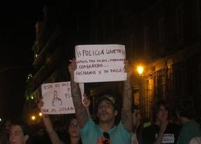 Primer acto de rebelión contra los recortes de Rajoy: concentraciones y protestas con 6 detenidos