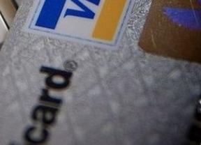 Las tarjetas de crédito y débito, cada vez más caras