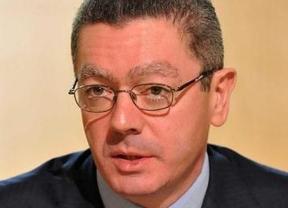 El primer acto como ministro de Alberto Ruiz Gallardón