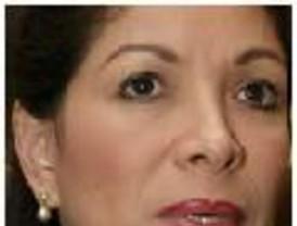 Lourdes Flores critica a García por 'coqueteos' con Chávez