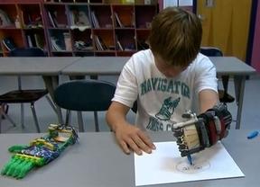 Fabrica una prótesis de mano para su hijo con una impresora 3D