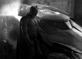 Así es la versión 6.0 de Batman: Primera imagen de Ben Afleck en 'Batman vs. Superman'