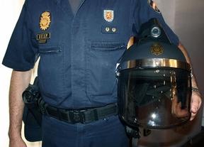 Los antidisturbios ya tienen sus cascos con cámara integrada para grabar a los que les agredan