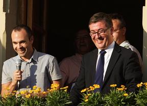 Iniesta dedica la Eurocopa a Fuentealbilla