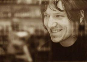 Diez años sin Elliott Smith, la banda sonora de la melancolía