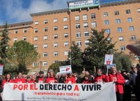 El SESCAM se compromete con los afectados por hepatitis C 'a partir del 7 de abril'