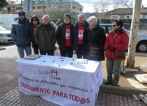 Una concentración para apoyar a la Plataforma de Afectados por Hepatitis C