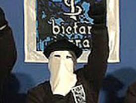 ETA anuncia el cese definitivo de la violencia y el terrorismo