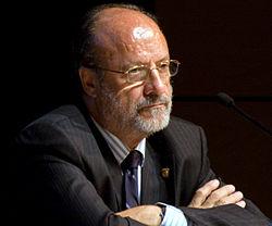 El alcalde de Valladolid vuelve a dar la nota: alerta de que retirar calles franquistas provocaría