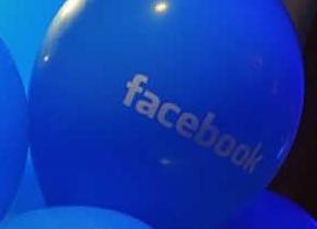 Facebook recomienda revisar la privacidad por la llegada de 'Graph search' español