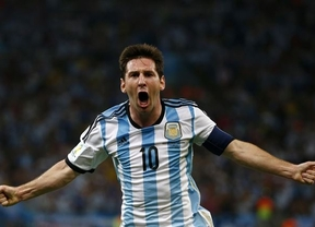 Messi tira de Argentina ante Bosnia y la Albiceleste apunta alto (2-1)