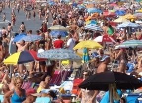 El turismo capea la crisis: sale fortalecido de la recesión con 'buena nota'