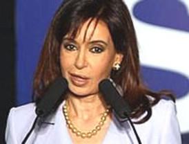 Confirma que se reunirá con Chávez y reitera sus ataques a EE.UU