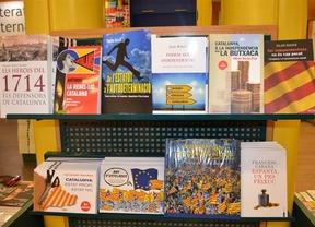 Llega un Sant Jordi marcado por la literatura soberanista y la subida del IVA de las rosas