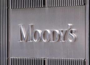 Moody's  da calambres a las eléctricas españolas y portuguesas dejándolas en  AA