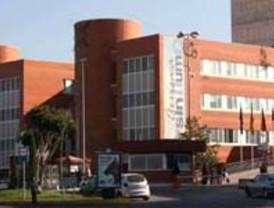 Los sindicatos anuncian paros de 15 minutos para mañana en la sanidad pública regional