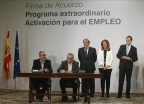 El Plan de Ayuda para desempleados sin prestación de Rajoy es un 'gesto' con fines electoralistas