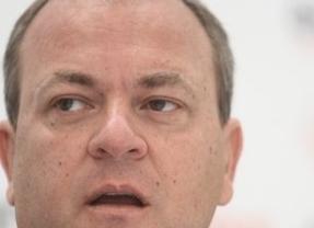 Monago contradice a 'su' PP: pide Pactos tipo Moncloa