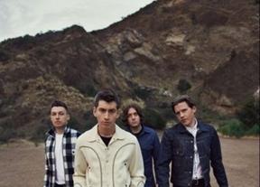 Arctic Monkeys volverán en noviembre tras arrasar en el FIB