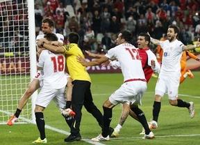 La diosa Fortuna sigue con la camiseta del Sevilla, que recupera el 'minitrono' europeo tras superar en los penaltis al Benfica (0-0)
