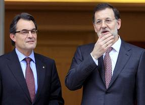 Rajoy contesta a Mas por carta: la consulta no cabe en la Constitución