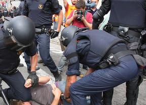 La Fiscalía pide un año de prisión para 2 'indignados' por desobediencia grave