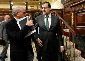 El Gobierno aprovecha los brotes verdes para dar la cara: Rajoy irá a la televisión y habrá, al fin, sesión de control