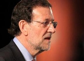 Rajoy cambia de discurso con los 400 euros: los parados de larga duración ya no son 'vagos'