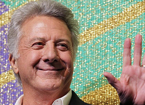 El mejor papel de Dustin Hoffman: supera un cáncer y se siente 'genial y con buena salud'
