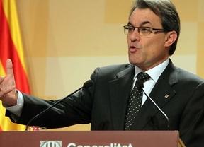 Mas confirma que Cataluña prorrogará sus presupuestos este año e insta al Gobierno central a revisar su déficit para 2013