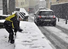 El frío , el viento y la nieve ponen en Alerta a media España