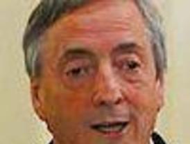 """""""En Argentina se apaga una lamparita y hay crisis"""", dijo Kirchner"""