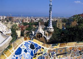 La oferta de Barcelona atrae a más turistas a pesar de la crisis