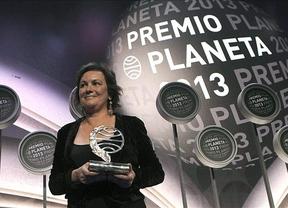 Felicitaciones desde Castilla-La Mancha a Clara Sánchez por el Premio Planeta