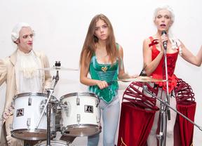Unas nuevas 'Amistades peligrosas' más transgresoras, modernas y musicales que nunca