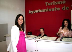 De la Casa del Mapa a la estación del AVE en Toledo: El Ayuntamiento abre oficina de turismo