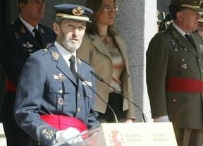 Los militares antifranquistas premian al ex JEMAD Julio Rodríguez