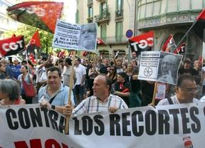 Barcelona, también contra los recortes: miles de personas 'toman la calle' en