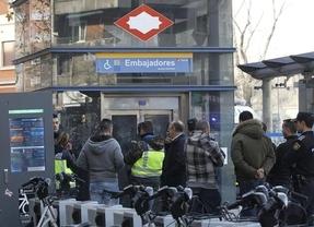 El joven que arrojó al policía al metro era reincidente: en octubre lo intentó con otro al grito de